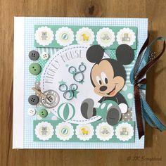 "Álbum de fotos em scrapbook ""Baby Mickey"" – TK Scrapbook"