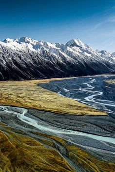 The Great Southern Alps of New Zealand.. Mountain Retreat Home of the Hobbits