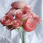 Lifelike paper flowers, are an excellent for a gift ideas.