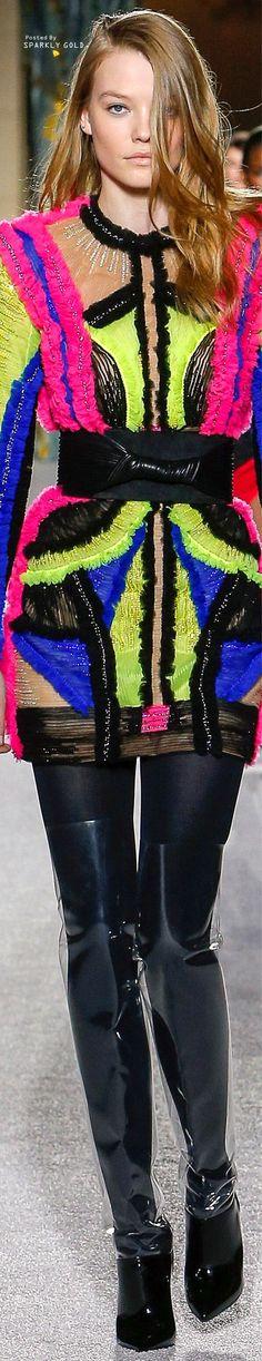 Fall/Winter RTW featuring Highlights from Balmain Fashion 2018, High Fashion, Fashion Show, Christophe Decarnin, Clothes 2018, French Fashion Designers, Colorful Fashion, Couture Fashion, Fashion Boutique