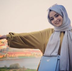 Sexy Girl Live Video When Join Her Friend Birthday Look So Memes - Modest Fashion Hijab, Casual Hijab Outfit, Hijab Chic, Beautiful Hijab Girl, Beautiful Muslim Women, Hijabi Girl, Girl Hijab, Muslim Women Fashion, Fashion Tips For Women