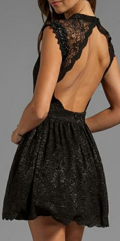 Lace black dress | Cut out back #lbd