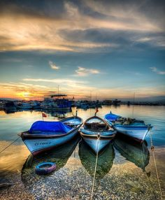 Boats.... - tied up in the dock