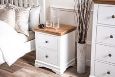Welcome to Chiltern Oak Furniture Stuart House, Dover White, Light Oak, White Paints, Home Collections, Online Furniture, Painting Frames, Bedroom Furniture, Color Pop