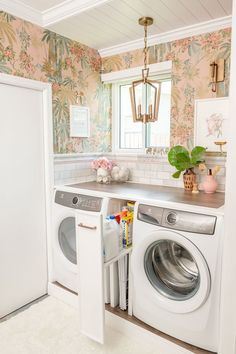 Garage Laundry Rooms, Pink Laundry Rooms, Laundry Nook, Laundry Room Design, Hidden Laundry Rooms, Laundry Closet, Mud Rooms, Laundry Room Wallpaper, Vintage Laundry