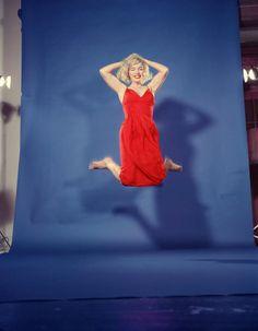 Jump. Marilyn by Philippe Halsman, 1959.