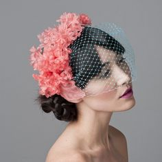 Absolutely love this <3 Becoming slightly obsessed with hats, headbands and fascinators lately... I wish I could wear them everyday ;)