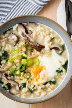 Savory Oatmeal with Shiitake, Spinach and Egg -- made with bone broth for a nutritious breakfast | The Worktop