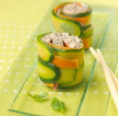 Roulés de légumes et sardines en aigre-doux. Recette : T. Bryone. Photo : C. Herlédan. Découvrez la recette sur https://www.facebook.com/LesProduitsLaitiers/photos/a.739395296101295.1073741836.136045459769618/739395462767945/?type=3&theater  #entree #starter #appetizers #snack #miam #cuisine #gourmandise #gastronomie #produitslaitiers #dairy #gastronomy #lait #milk #delicious #foodporn #recette #recipe #food