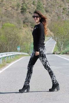 Another Fashion World : outfits, road, streetstyle, born to be wild, anotherfashionworld, rock
