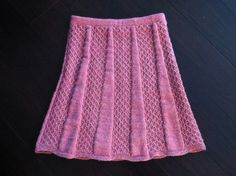 Ravelry: Flared Skirt by Nihon Vogue (日本ヴォーグ社) Flared Skirt, Knit Skirt, Nihon, Fiber Art, Ravelry, Knitting Patterns, Skirts, Handarbeit, Knit Patterns