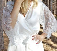 Ivory Preciosa Silk & Lace Kimono Robe | Knee Length - Ivy & Matilda