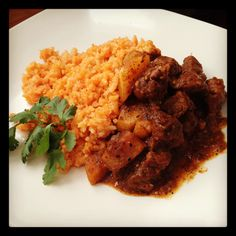Mexican dish...carne con chile y arroz. My sister should seriously be a chef:)