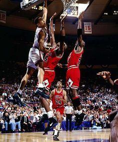 """The dunk""  (John Starks)"