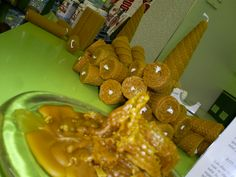 Velas de miel. Cera pura de abeja.