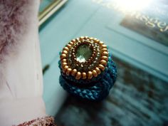 crochet ring with cabochon