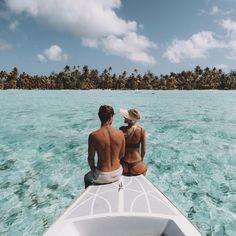 """111.6k Likes, 551 Comments - LAUREN BULLEN (@gypsea_lust) on Instagram: """"Island Love - 'Ua Here Vau Ia Oe'  @tahititourismau #LoveTahiti"""""""