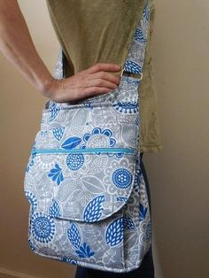 Pandora Hipster: Cross-Body Bag - PDF Sewing Pattern – Sew & Sell! Visit http://www.sewinlove.com.au/category/fashion/accessories-fashion/ for more DIY Bags and Purses ideas.