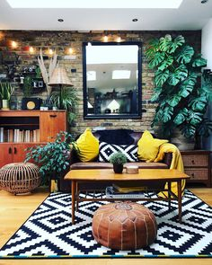 Bohemian Latest And Stylish Home decor Design And Life Style Ideas Living Room Designs, Living Room Decor, Bedroom Decor, Bold Living Room, Living Spaces, Small Bungalow, Deco Retro, Stylish Home Decor, Room Interior