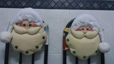 Snowman, Christmas Ornaments, Holiday Decor, Disney Characters, Home Decor, Art, Chairs, Felting, Manualidades