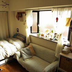 yukitanさんの、部屋全体,雑貨,アンティーク,100均,ワンルーム,一人暮らし,ディズニー,出窓,ドライフラワー,レース,のお部屋写真