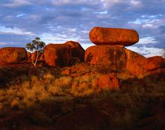 Northern Territory - Australia - LinkedIn Guides (Devil's Marbles, Northern Territory The Devil's Marbles. Australia Travel Guide, Rock Formations, Rv Travel, Lonely Planet, Bouldering, Where To Go, Monument Valley, Places To Visit, Wildlife