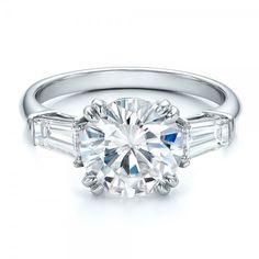 http://may3377.blogspot.com - Custom Three Stone Diamond Engagement Ring