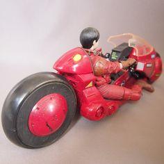 Rare-Akira-Kaneda-with-Motorcycle-Mcfarlane-Figure-good-_57.jpg (1600×1600)