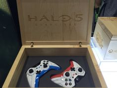 PAX East 2015: Look at These Gorgeous Halo 5, Witcher 3 Xbox One Controllers - IGN