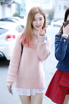 DIA, k pop, and chaeyeon image Kpop Fashion, Fashion 2017, Korean Fashion, Girl Fashion, Fashion Trends, Kpop Outfits, Korean Outfits, Cute Outfits, Snsd