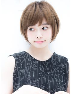 Short hair is loved by many girls because short hair is more temperament than long hair. The effect is very good, everyone can boldly try it, change a new look, let us take a look at the beautiful and fashionable short hair style! Shot Hair Styles, Long Hair Styles, Asian Hair, Cut My Hair, Shoulder Length Hair, Hair Photo, Japanese Beauty, Cut And Color, Bob Hairstyles
