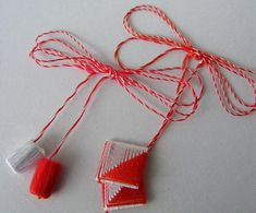 Clothes Hanger, Tassel Necklace, Tassels, Card Making, Traditional, How To Make, Cards, Easy, Pom Poms