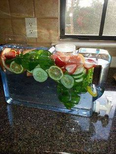 FAT FLUSH WATER !!!  www.LoseTheFatWithJax.com #fatflusher #diet #healthy #water #fat #flusher #grapefruit #tangerine #peppermint #lemon #cucumber #healthy #drink