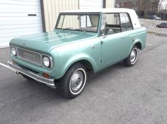 "'67 International Scout 800 ... ""a rare Sportop which produced for only three years."""