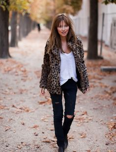 Perfect for fall- white tee, ripped black jeans, leopard jacket