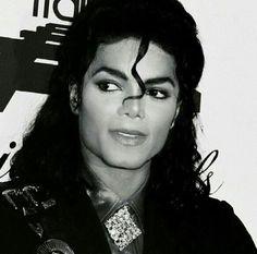 Michael Jackson❤ The king of Pop❤ Forever💖 The Jackson Five, Jackson Family, Janet Jackson, Paris Jackson, Lisa Marie Presley, Oprah Winfrey, Elvis Presley, Invincible Michael Jackson, Hee Man