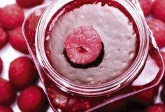 Szörpök, zselék, lekvárok: 7 recept, ami a konyhádba varázsolja a nyarat! Hungarian Recipes, Hungarian Food, Diy Food, Jelly, Raspberry, Bakery, Favorite Recipes, Sweets, Canning