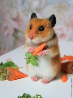 Купить Морковный грызун! - бежевый, хомяк, хомячок, домашние животные, грызун, валяная игрушка