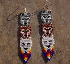 Lobo Totem pendientes artesanales con cuentas de por wolflady