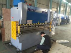 Dear our friend: This is our WC67Y-40T/2200 mm press bending machine will export to Brazil. This machine we provide customer the E21 controller system, electrical photo protection and the quick clip. All of the machine components are famous brand. If you have the interest, please contact me. My mail :ivy@harsle.com  My skype :ivyzhang1991826  My whatsapp:+86-15251795483 (also my Wechat number) Our website :www.harsle.com