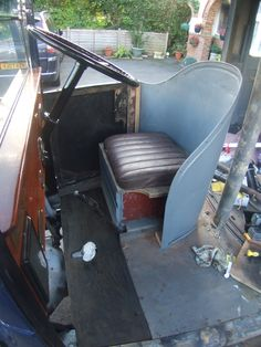 Rare Austin London Taxi with Cape body - 1933 ALR 720 now owned by Paul Cordani (Reading, Berkshire UK) and undergoing restoration