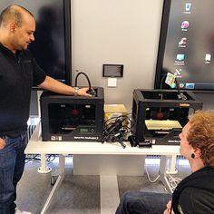 Pour l'occasion, les imprimantes Makerbot sont de sortie.