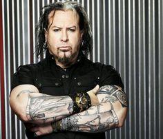 Glen Hetrick...scary, sexy, goth rock of a man...lol