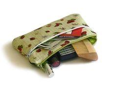 Pouches sewing pattern makeup bag pattern por NapkittenPattern