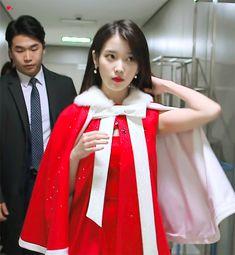Iu Moon Lovers, Korean Celebrities, Celebs, Iu Gif, Gif Dance, Pretty Korean Girls, Beautiful Girl Photo, Jennie Blackpink, Kpop Outfits