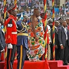 What did President Nana Addo Dankwa Akufo-Addo wear at his inauguration today? It's genius. He's taken the best of the various peoples represented throughout Ghana and created a beautiful patchwork tapestry reflecting the traditions and the unity of the Ghanaian people. http://ift.tt/23kVNaE (link in bio) #accessories #womensfashion #waxprint #highfashionmen #highfashionblackmen #dtla #ankarastyles #checkoutafrica #saturday #baby #babyboy #babygirl #kids #interior #interiordesign