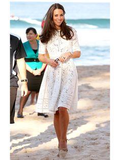 キャサリン妃に学ぶTPO別ドレススタイル