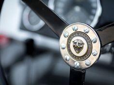 28 Photos Of A Beautiful 1953 Jaguar C-Type Works Lightweight - Airows Jaguar Daimler, Jaguar Xk120, Old Classic Cars, Sports Car Racing, Le Mans, Cars For Sale, Vintage Cars, Dream Cars, Two By Two