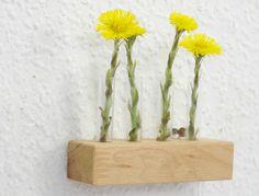 Mini Wandvase Holz Glas Geschenk Blumen klein  von SchlueterKunstundDesign - Wohnzubehör, Unikate, Treibholzobjekte, Modeschmuck aus Treibholz auf DaWanda.com