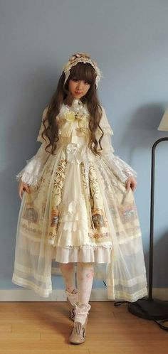 Gorgeous Shiro cult party kei outfit, love the violin shoes!